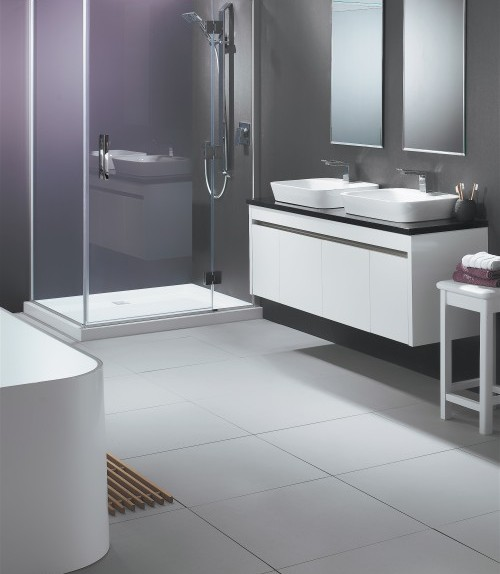 Lifestyle-Shower-and-Sirocco-Alumino-Vanity-in-White-Gloss-500x661