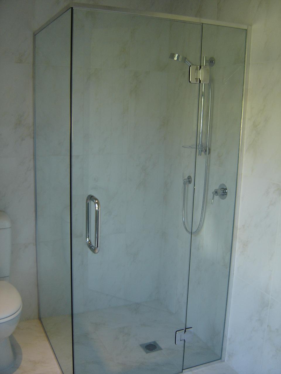 Bawden Rd Shower1